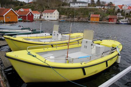 Norgesferie Lindesnes Boote Benzinkutter